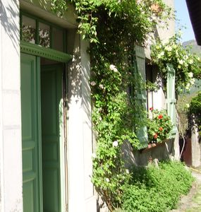 Photo for In the Pyrenees, near Luchon, a charming 3épis house