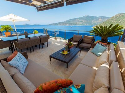 Photo for Luxury villa with fantastic sea views
