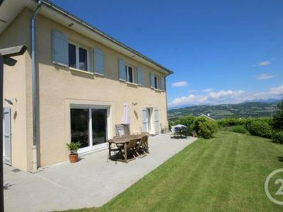 Photo for Villa 5 bedrooms 7 people between two lakes (Annecy and Le Bourget)