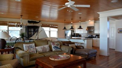 Open floorplan with kitchen, greatroom and dining