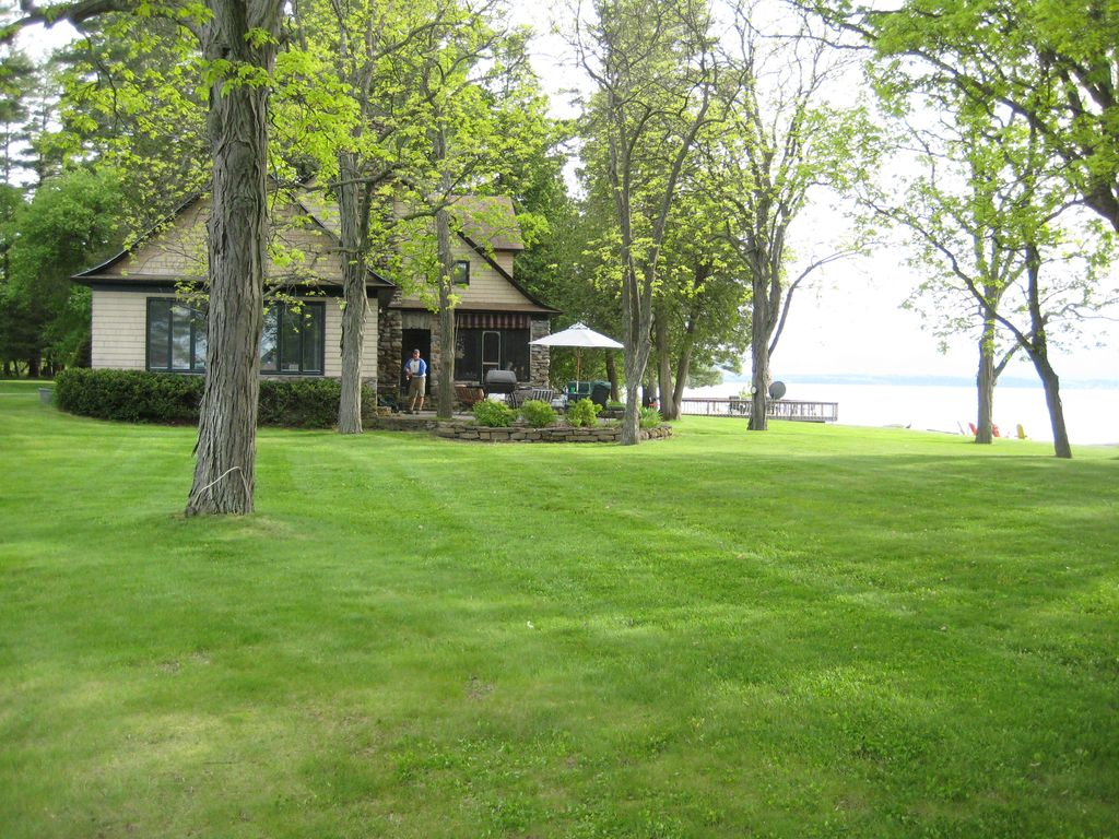 lake champlain waterfront home guest cottage panton