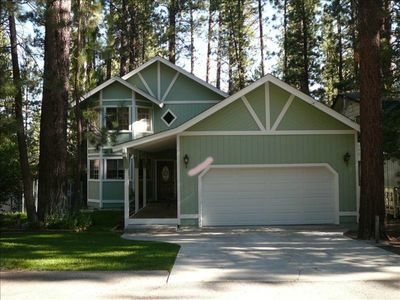 Photo for 2700 Sq. Ft.--Walk to Snow Summit--3 BR--Spa + Pool Table +Wifi