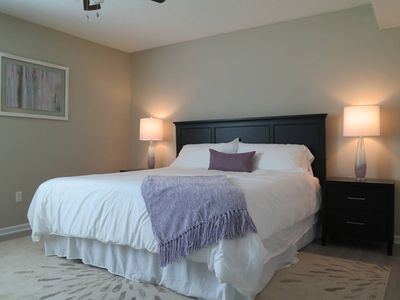 Photo for Private Apt * King Bed * Fast Wifi * 4K UHD Smart TVs * 5 mins to MU