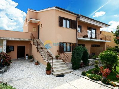 Photo for Apartment 1195/20417 (Istria - Porec), Family holiday, 1000m from the beach