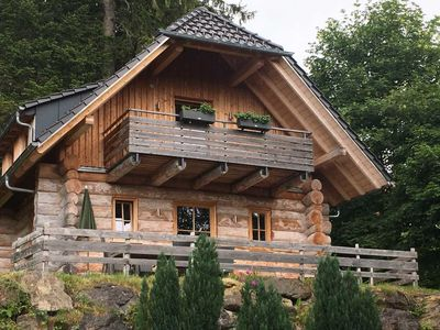 Photo for Natural-style chalets with mountain views, for 7-8 persons - Hotel & Chalets Herrihof