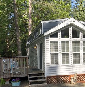 Photo for Country Cottage close to Olympic Peninsula National Park