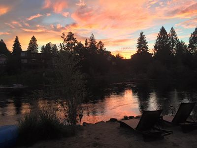 Photo for AMAZING Unobstructed RIVER VIEW!  Downtown Bend Deschutes Cabin