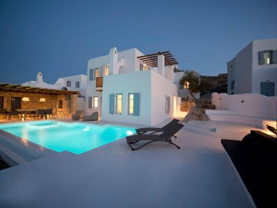 Photo for R586 Spacious Family friendly Villa with Pool, Outdoor BBQ and Stunning Sea View