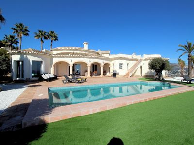 Photo for Villa Leonor with 300º panoramic views and private pool