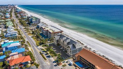 Photo for New Townhouse w/ Stunning Gulf Views, Rooftop Pool Deck, Theater!