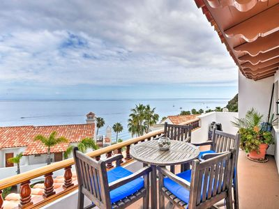 Photo for Luxurious Hamilton Cove Villa w/Amazing Ocean Views