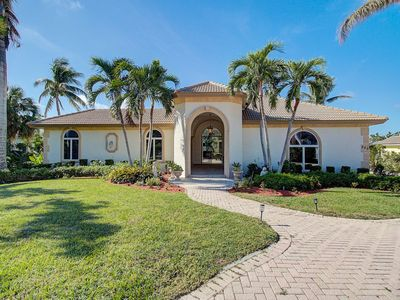 Photo for Luxury Waterfront Home! Sleeps 10 On Marco Island, Fl