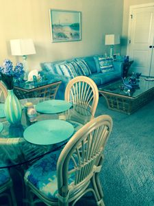 Beautiful, cheerful, sunny, spacious living and dining area.