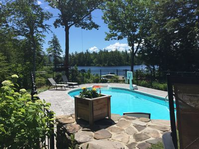 New! Waterfront Log Cabin with Pool on Conway Lake