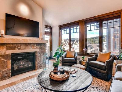 Photo for Spacious condo with vaulted ceilings and private balcony