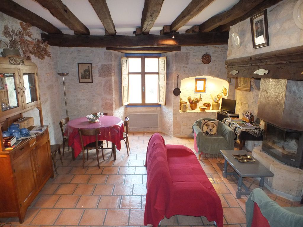 A middle age house in the heart of rocamadour