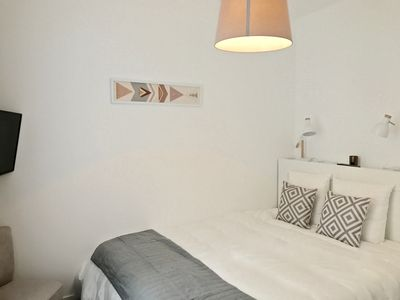 Photo for Apartment 2 bedrooms, 2 bathrooms in the heart of Lille, the QUIET!