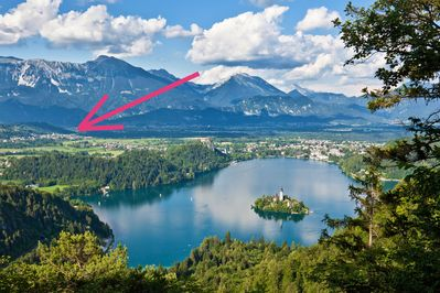 Lake Bled and the location of our apartment. It's a 10 minute drive to Lake Bled