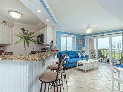 Photo for Makai is conveniently located on 42nd Street and the bayfront