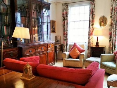 Photo for Vintage British 1 bed flat in Marylebone