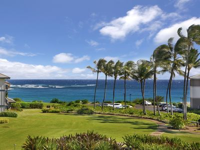 Photo for BEST OCEAN VIEW... Walk to beach and GRAND HYATT....  2020 RATES DISCOUNTED