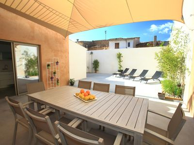 Photo for Town house with cozy courtyard and gratuiro wifi