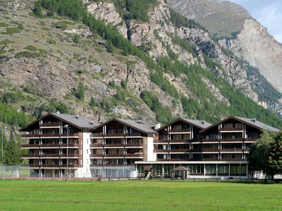 Photo for Apartment Monte Rosa  in Täsch, Valais / Wallis - 6 persons, 2 bedrooms