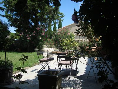 Photo for Avignon Countryside Apt With Private Garden In Small, Friendly Vineyard Village