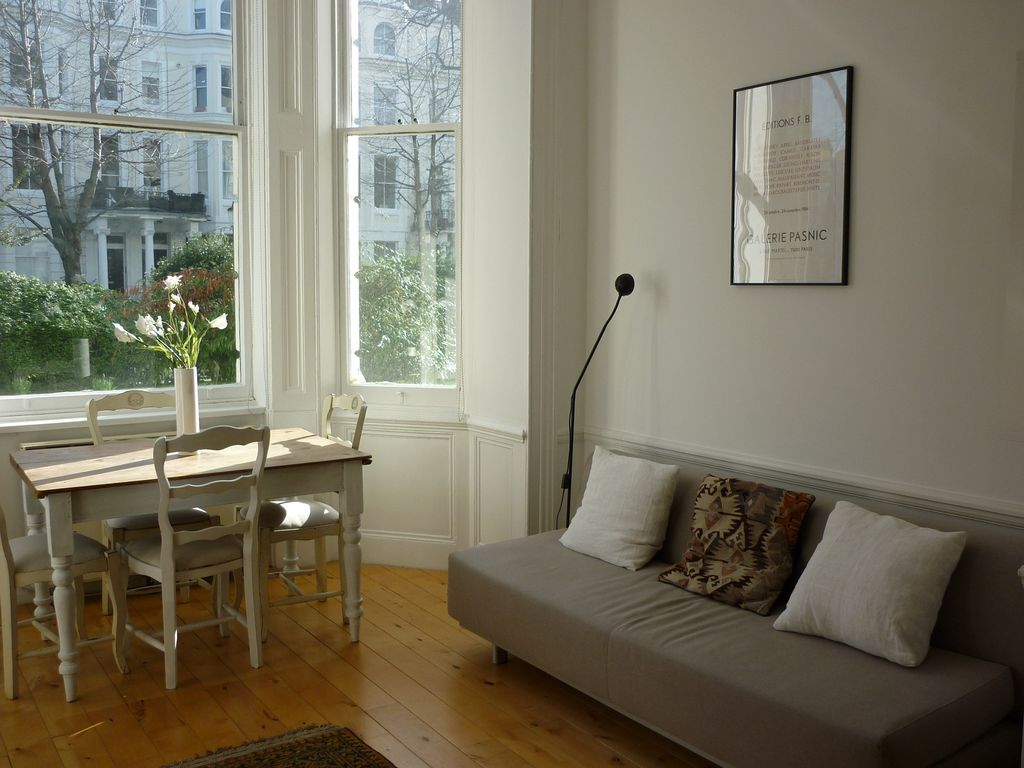 Lovely Bright Flat In Superb Notting Hill location, ... - 897653