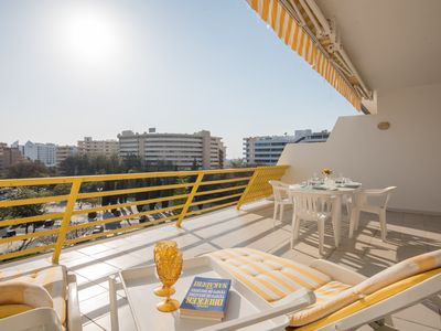 Photo for Vilamoura Sunny Apartment with Pool