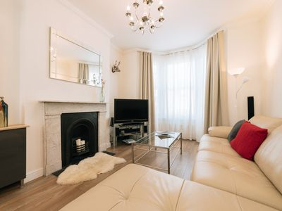 Photo for Designer 3 bedroom 3 bathroom home in Royal Greenwich, close to The O2