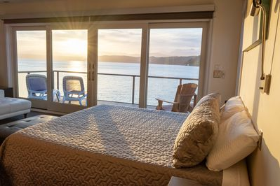 Luxury Lookout Hood Canal Vacation Rental: Enjoy the sunset from your king bed