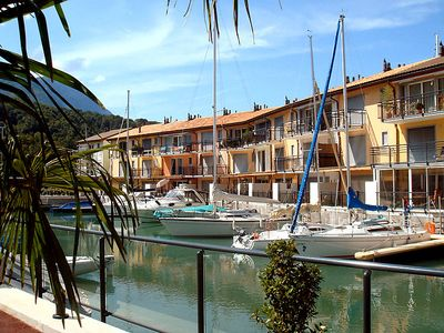 Photo for One bedroom Apartment, sleeps 4 in Le Bouveret with WiFi
