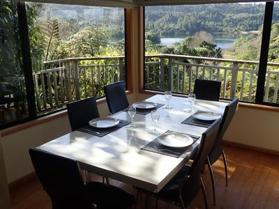Dining for 6-8 with superb mountain views.