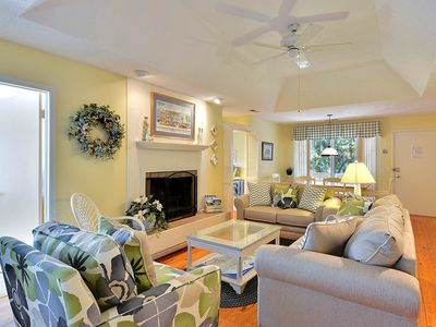 Photo for Dog-friendly cottage w/shared pool-tennis, golf & beach nearby!