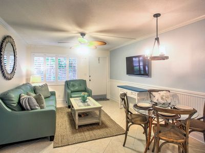 Photo for Updated Naples Condo w/Shared Pool - Walk to Pier!