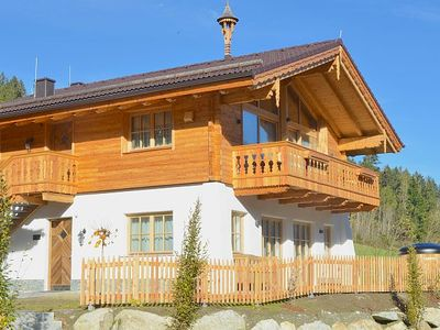 Photo for Chalet 15 - Grünwald - Alpen chalet on a sunny hillside with mountain view