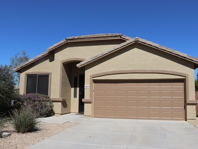 Photo for Beautiful Estrella Mountain Home with Private Pool and Putting Green