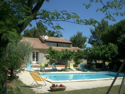 Photo for MARIN VILLA WITH POOL AND NEAR CARPENTRAS AVIGNON