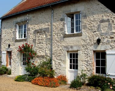 Photo for A spacious and detached Loire Valley Cottage - Character and comfort