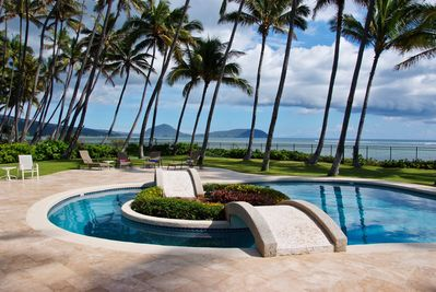 beachfront pool w/views of Koko Head