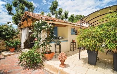 Photo for House Vacation Rental in Arles, Alberon