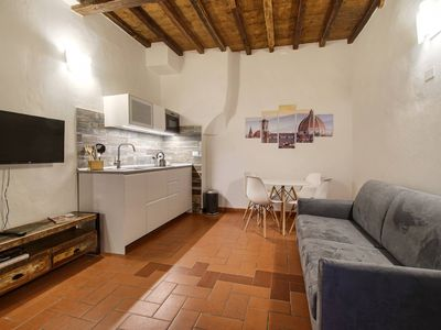 Photo for Pilastri Cozy Apartment Close To Santa Croce