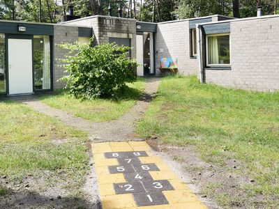 Photo for 4-person children's bungalow in the holiday park Landal Het Vennenbos - in the woods/woodland setting