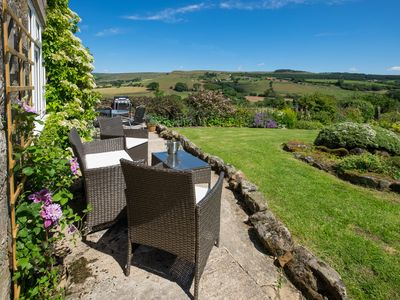 Photo for 4BR House Vacation Rental in Thorgill, England