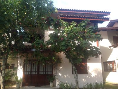 Photo for House in gated community, 04 suites, excellent location.
