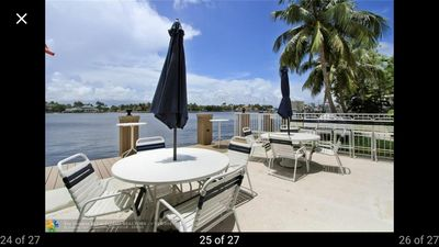 Photo for Paradise on the intracoastal 1 block from the beach!