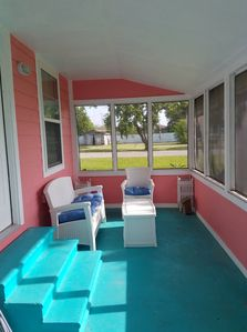 Coastal Cottage Bay House - Relax-Fish!  Covid 19 Ozone disinfection b/f rental