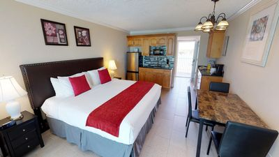 Photo for See and Hear the Gulf of Mexico! Newly Remodeled Unit With Beachfront View