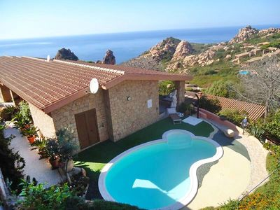 Photo for Stunning private villa for 8 guests with A/C, private pool, TV, pets allowed and parking